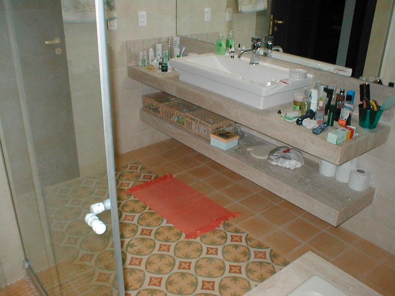 Ladrilho Hidraulico Piso Banheiro : Banheiros limestone ladr?lho hidr?ulico